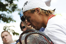 Lleyton Hewitt at the 2009 Wimbledon Championships 01.jpg
