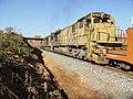 Locomotiva de comboio que passava sentido Guaianã na Variante Boa Vista-Guaianã km 197 em Itu - panoramio - Amauri Aparecido Zar….jpg