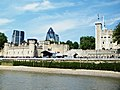 London Tower - panoramio (1).jpg