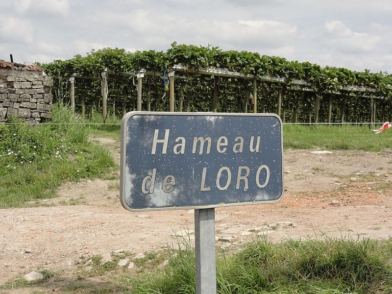 Loromontzey (M-et-M) city limit sign hameau Loro