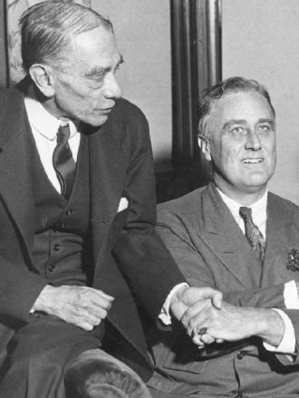 Louis Howe - Louis Howe (left) and Franklin Roosevelt, 1932