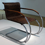 Ludwig mies van der rohe, sedia con braccioli MR 20, 1927-30.JPG