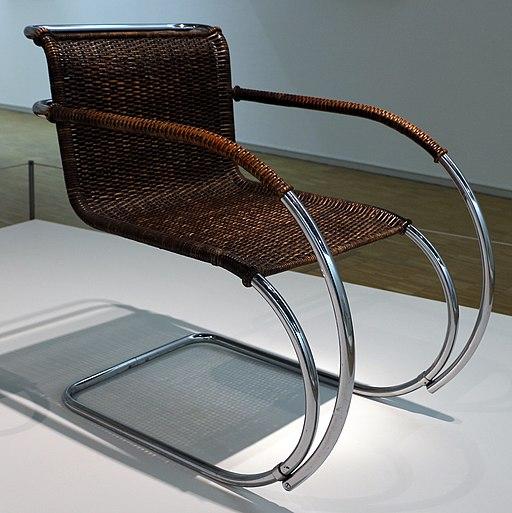 Ludwig mies van der rohe, sedia con braccioli MR 20, 1927-30