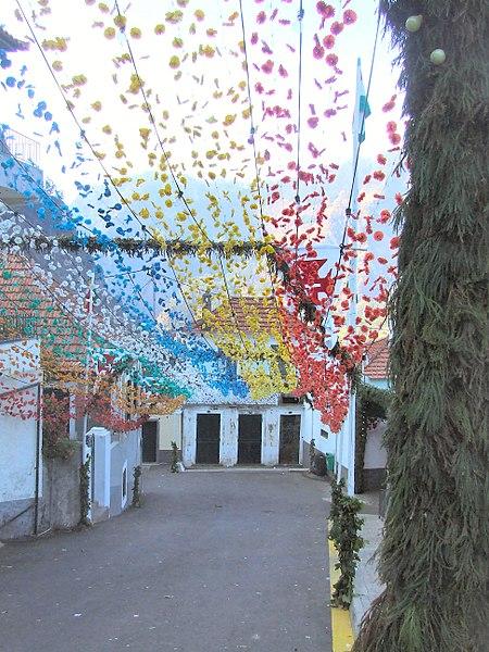 File:Madeira - Curral das Freiras Village (11913202784).jpg