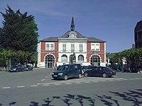 Mairie de Pontacq.jpg