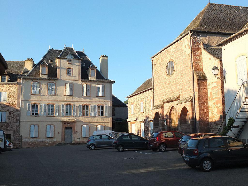 Mairie de valady.jpg