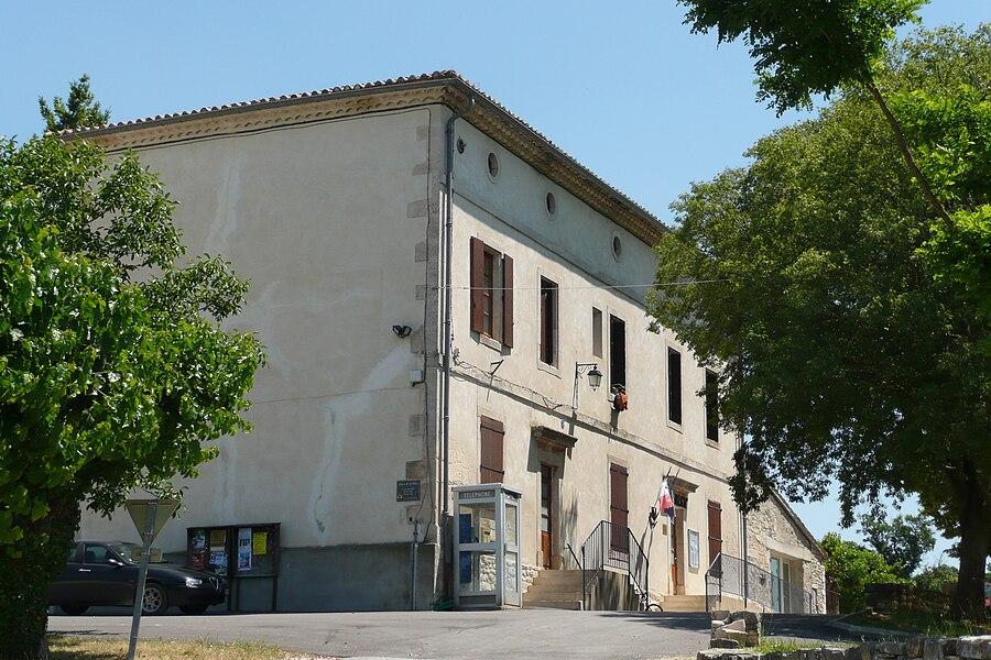 Mairie près de Barjac (Gard).