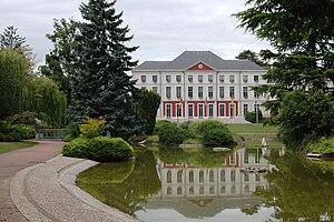 Le Coteau - The town hall in Le Coteau