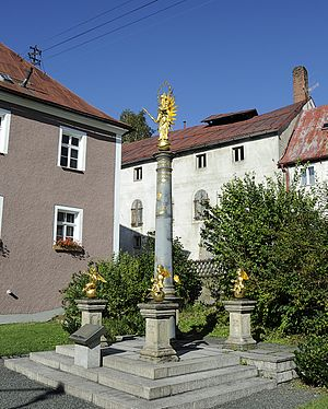 Fichtelberg, Bavaria - Column with 4 putti