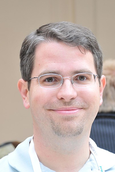 Archivo:Matt Cutts Headshot.jpg