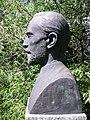 Max Fueter Büste Theodor Kocher 2.jpg