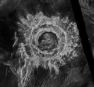 Meitner Krater (Radarbild der Magellan-Sonde. Der schwarze Streifen beruht auf fehlenden Radardaten.)