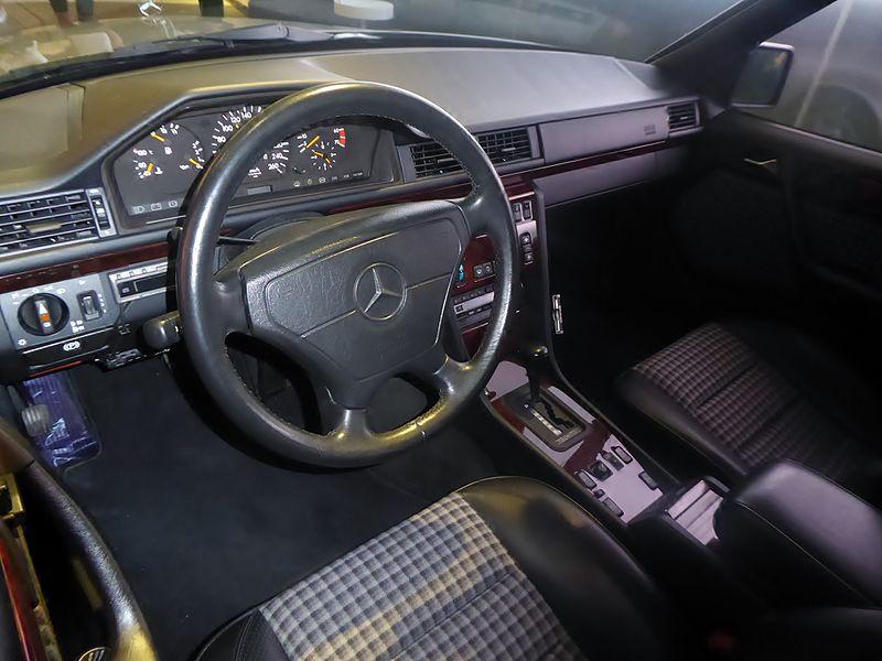 File Mercedes Benz 500e W124 Interior Jpg Wikimedia