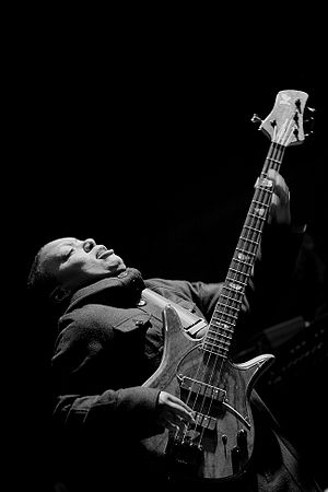 English: Meshell Ndegeocello performing in Leu...