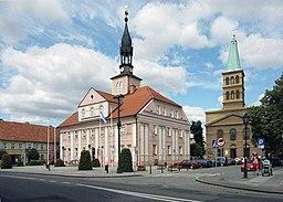 Byens rådhus.