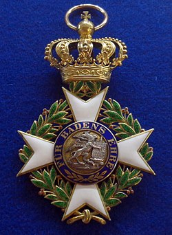 Military Order of Karl Friedrich grand cross badge reverse (Baden 1914-1918) - Tallinn Museum of Orders.jpg