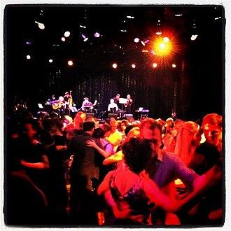Milonga (dance event) - Milonga with live music