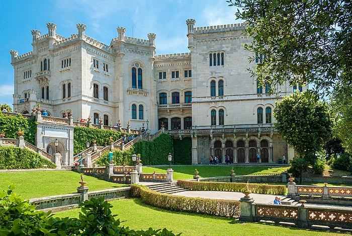 Miramare castle 03