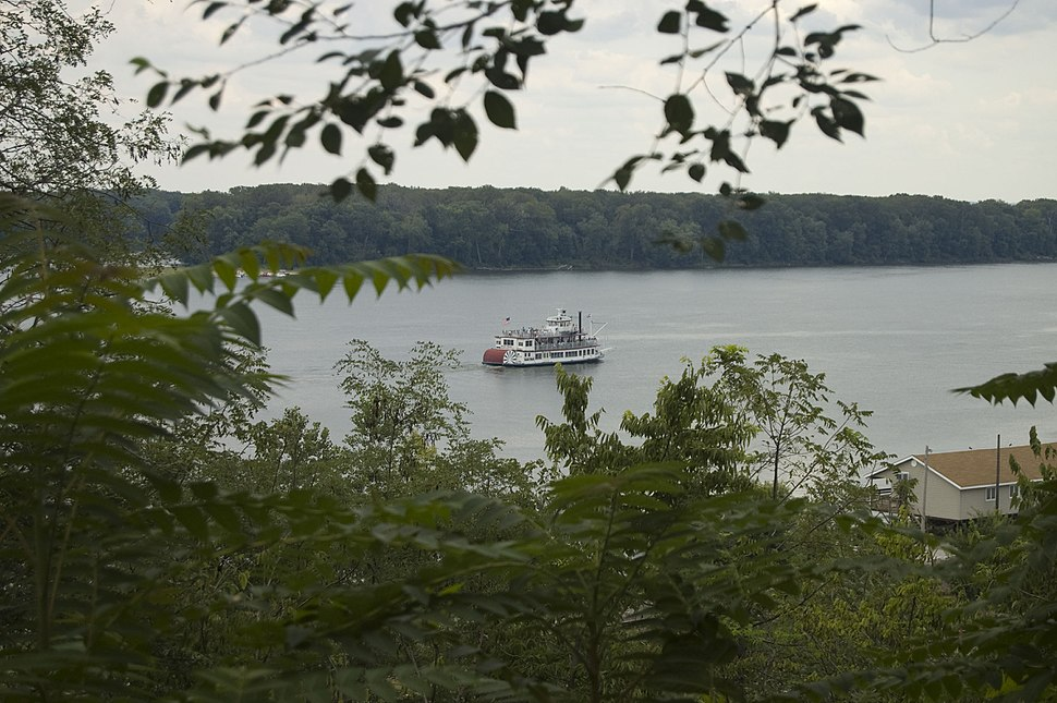 Mississippi from Cardiff Hill in Hannibal