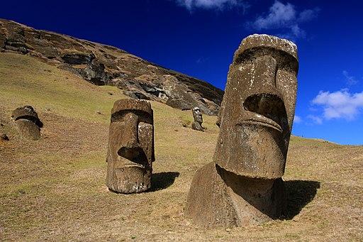 Moai at Rano Raraku - Easter Island (5956405378)