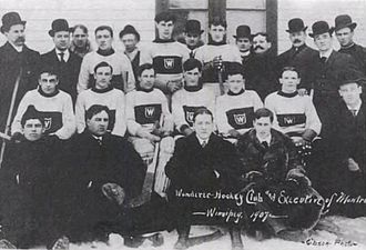 Montreal Wanderers - Wanderers players and team officials in Winnipeg for 1907 challenge