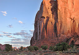 Monument valley roche.jpg