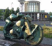 Motor cycle racers3 by Max Esser-Mutter Erde fec