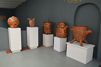 Exhibit at the Museo Nacional de la Ceramica MuseoNacionalCeramicaTonala19.JPG
