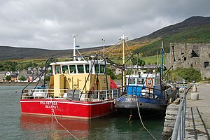 Fishing dredge - Image: Mussel dredgers at Carlingford harbour geograph.org.uk 174327