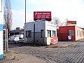 Nákladové nádraží Žižkov, jižní vrátnice.jpg