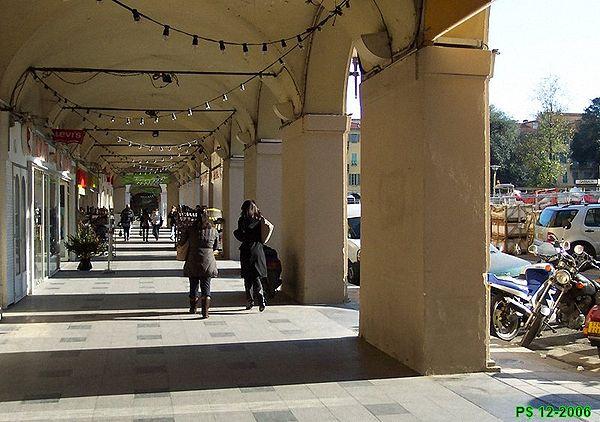 NIKAIA-Garibaldi-ArcadesEW1.jpg