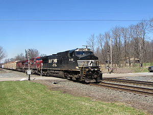 Cleveland Line (Norfolk Southern) - Norfolk Southern Mixed Freight Train heads eastbound through Atwater, Ohio along the Cleveland Line