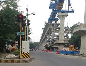 Nagpur Metro - Viaduct underconstruction on Wardha Road