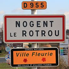 Nogent-le-Rotrou - Town entrance signs.JPG