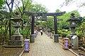 Okutsunomiya Shrine walkway - Enoshima, Japan - DSC07847.jpg