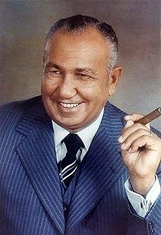عثمان احمد عثمان ويكيبيديا