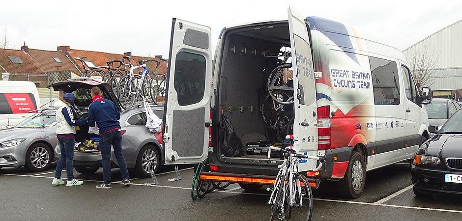 Oudenaarde - Ronde van Vlaanderen Beloften, 11 april 2015 (A17).JPG