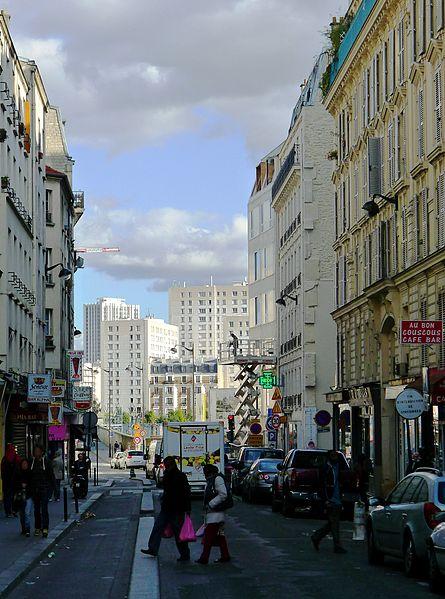 Fichier:P1060175 Paris XVIII rue Riquet rwk.jpg