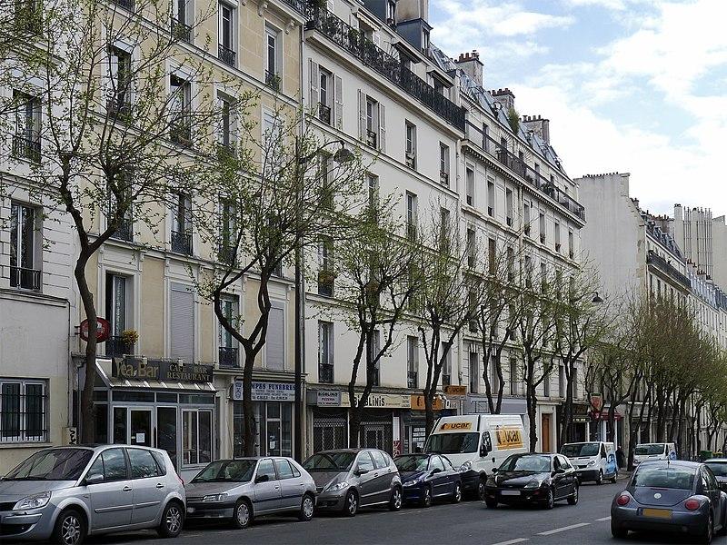 Fichier:P1170805 Paris X avenue Claude-Vellefaux rwk.jpg