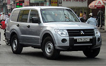Pajero van in Ho Chi Minh City.jpg
