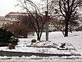 Památník Horákové na náměstí Hrdinů.jpg