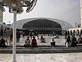 People Sitting in the compound of Mosque of Data Darbar, Lahore, Pakistan - panoramio.jpg