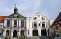 Pernes (hôtel-de-ville et salle des fêtes) 2729.jpg
