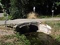 Petit pont sur l'Aule à Sarriac-Bigorre.jpg