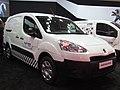 Peugeot Partner 1.6 HDi Maxi 2014 (14233065995).jpg
