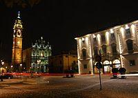 Piazza di Osio Sotto (BG).jpg