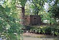 Pillbox by the River Medway - geograph.org.uk - 1526232.jpg