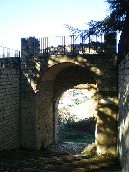 Mura dell'Aquila - Wikiwand