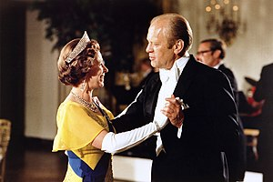 Personality and image of Queen Elizabeth II - United States President Gerald Ford and Queen Elizabeth dance during the state dinner in honour of the Queen and Prince Philip at the White House, 17 July 1976