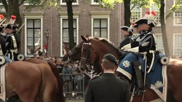 File:Prinsjesdag • The Prince's Day Procession • The Hague - The NETHERLANDS.webm